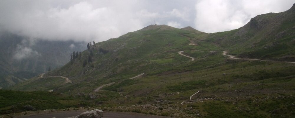Ο δρόμος Αθαμάνιο- Θεοδώριανα.